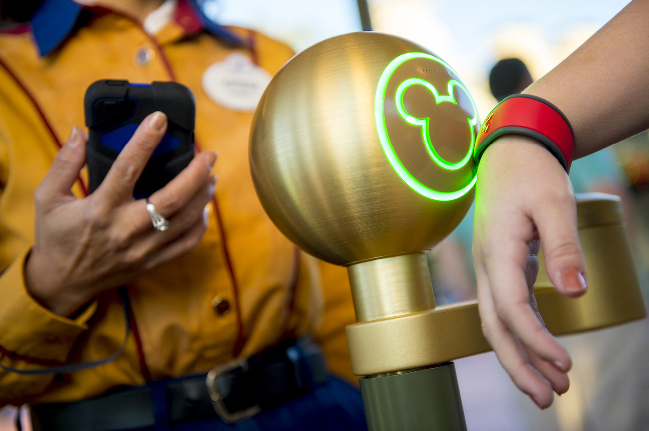 MagicBand FastPass copy