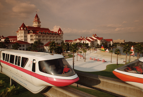 Monorail_Grand_Floridian